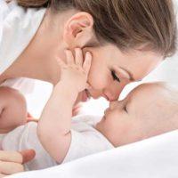 Půjčíme i maminkám na rodičovské dovolené